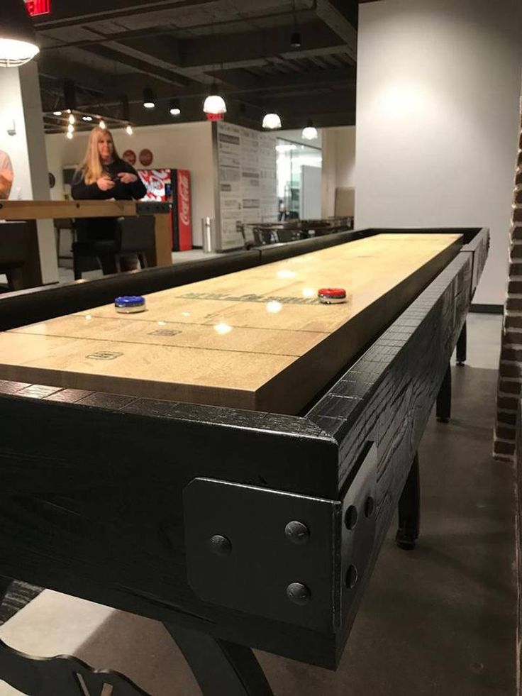 Custom shuffleboard tabledesigner shuffleboard game