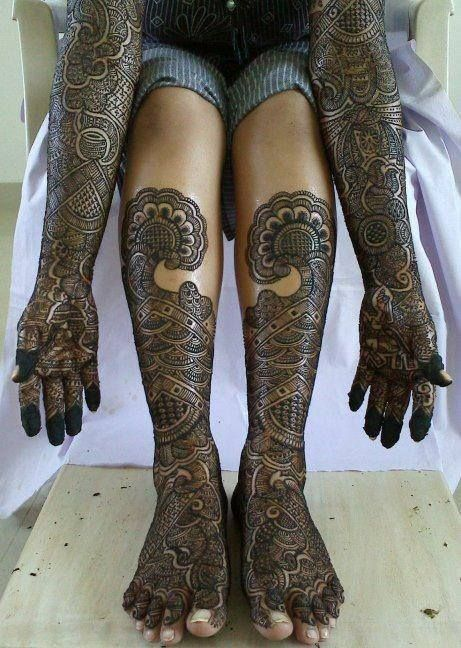 fully crowded and dark mehendi design #Crowded #Mehendi