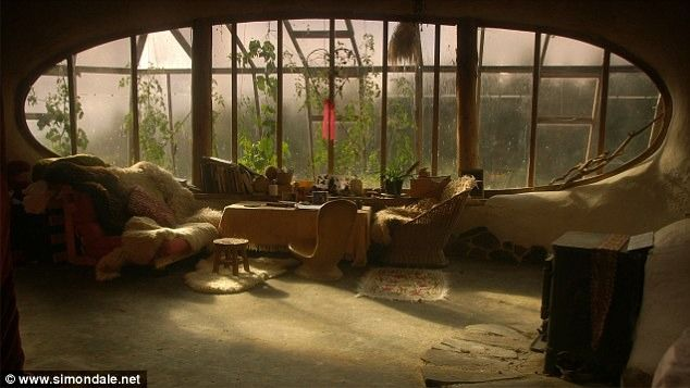 Room. With. A. View.: Big Window, Living Rooms, Cob House, Hobbit Home, The Hobbit, House Interiors, Dreams House, Oval Window, Hobbit House