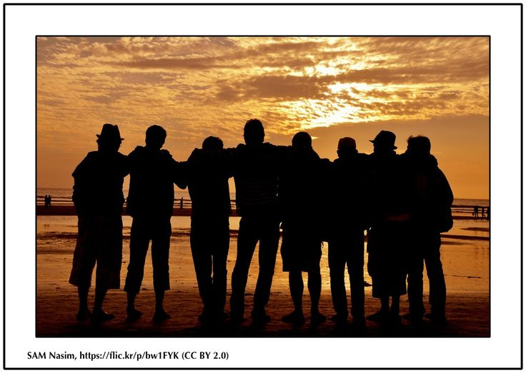 #SCUBADIVING FRIEND IS A TREASURE The importance of having  a #scuba #diving friend... (Image showing friends together in front of the sea) #buddy