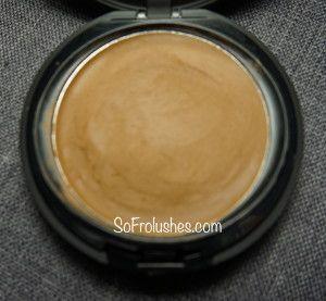 A Review Sleek Foundation Powder Blush