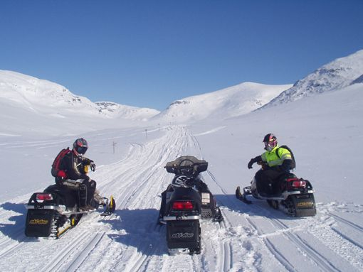 Snowmobile tours and safaris, with Sorsele Snow Mobile Tours in and around the great vistas of Swedish Lapland