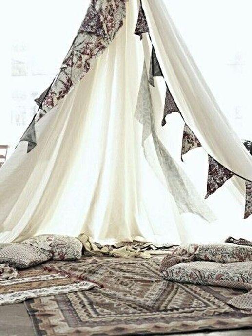 Gypsy Spaces / Wedding Style Inspiration / LANE (instagram: the_lane)