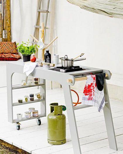 Buiten koken kan ook met een klein budget.