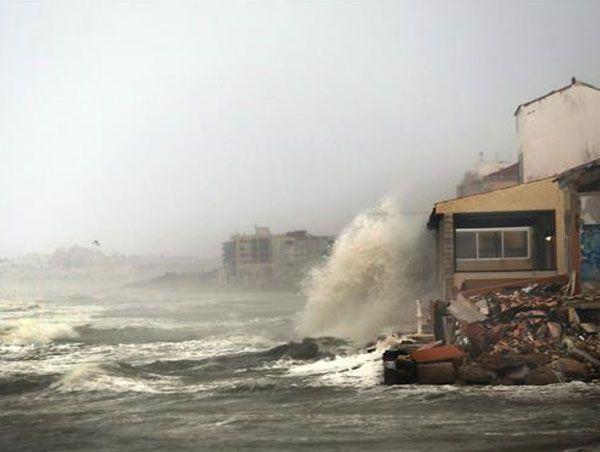 Lluvias en Valencia, una gran catástrofe - http://www.ieab.es/lluvias-en-valencia-una-gran-catastrofe/