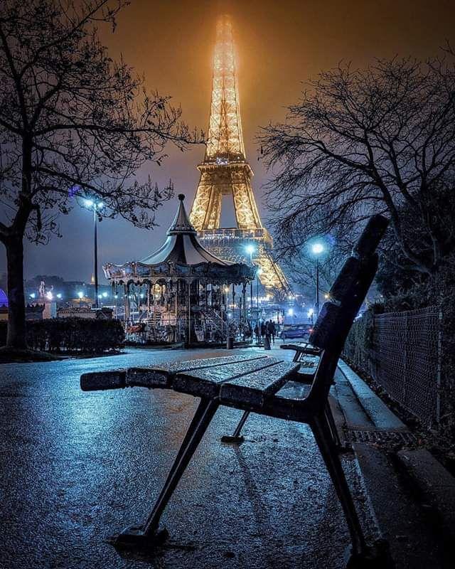 картинки ночного парижа эйфелева башня крючок насаживают