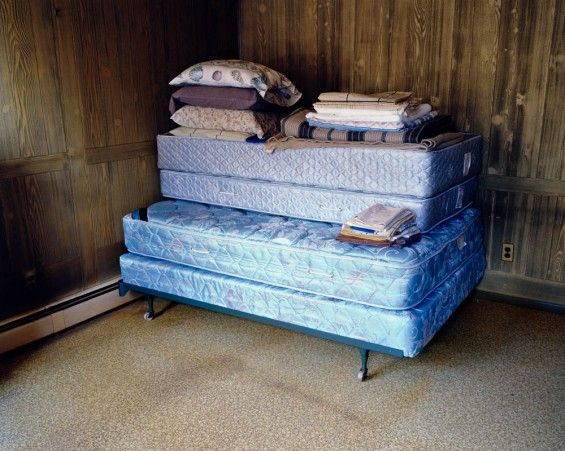 Andrea Tese  / Captures Her Grandfather's Life Through Photos Of His Belongings