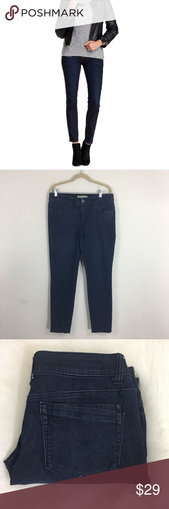 Democracy Ab Technology Jeans These jeans are in excellent used condition. The inseam is 29 inches. There are no stains or defects. Democracy Jeans Skinny