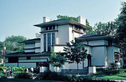 William Fricke House. Prairie Style. Frank Lloyd Wright. 1901. Oak Park, Illinois. lσvє ▓▒░ ♥ #bluedivagal, bluedivadesigns.wordpress.com