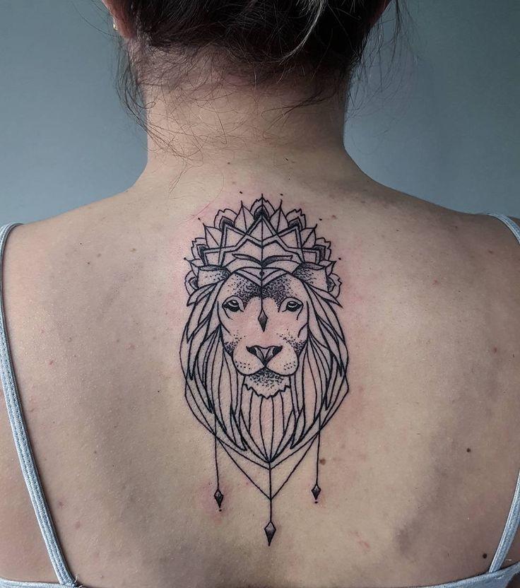 Trabalho! Leão  com pontilhismo.  ✏  #tattoocaldara #tattoo #inspirationtattoo #tatuagem ...