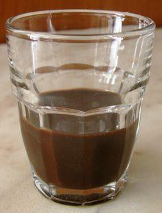 Liquore peperoncino e cioccolata