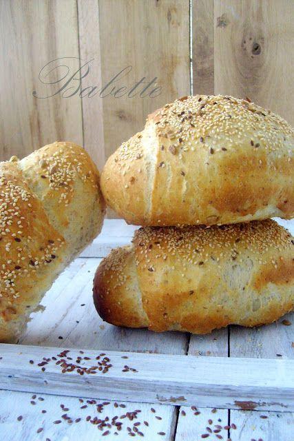Babette: Magvas,pelyhes kenyérkék