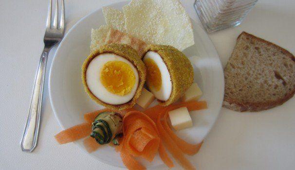 Uovo impanato | Breaded egg recipe