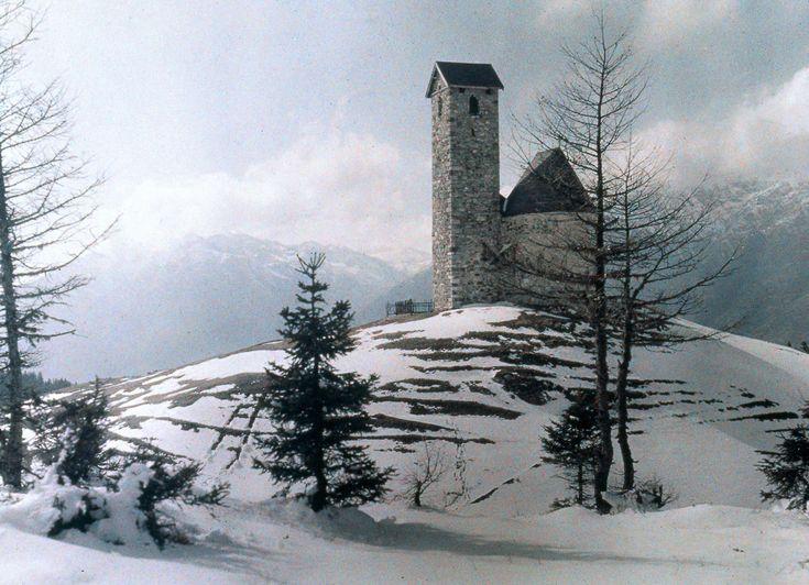 1915. Снежные горы