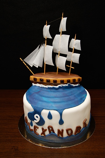 Boat Birthday Cake Images : 17 Best images about Boat cakes on Pinterest The boat ...