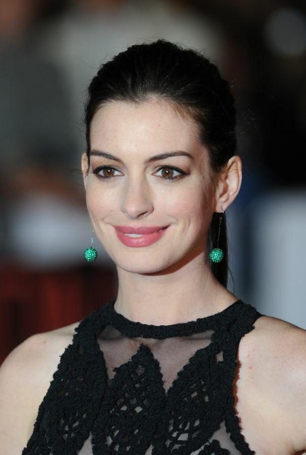 Anne Hathaway ✾
