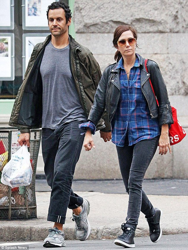 Matchy-matchy! Kristen Wiig, 42, and her actor beau, Avi Rothman, were spotted wearing similarly hued denim on a casual outing in New York City on Saturday