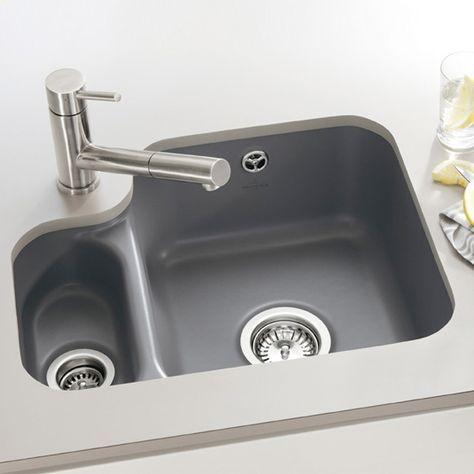 Villeroy & Boch Cisterna 60B: Unterbauspüle aus Keramik inklusive Ablaufgarnitur mit Handbetätigung. Die Steuerung erfolgt über ein Siebventil. #küchenspüle #spüle #abwasch #waschbecken #spülen #abwaschen #küche #graphit #becken #villeroyboch #cisterna60b #reuter #reuterde