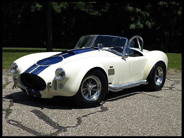 2001 Shelby Cobra Replica 392 CI, 5-Speed for sale by Mecum Auction