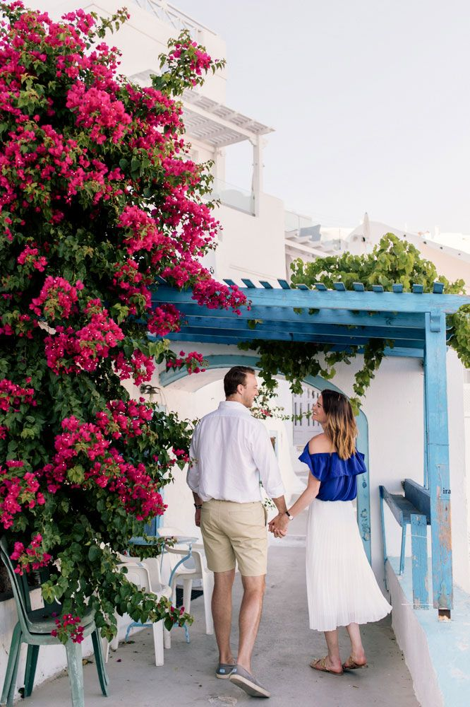 Bougainvillea for an amazing photoshoot in Santorini Greece by Phosart team! Click image to see more!