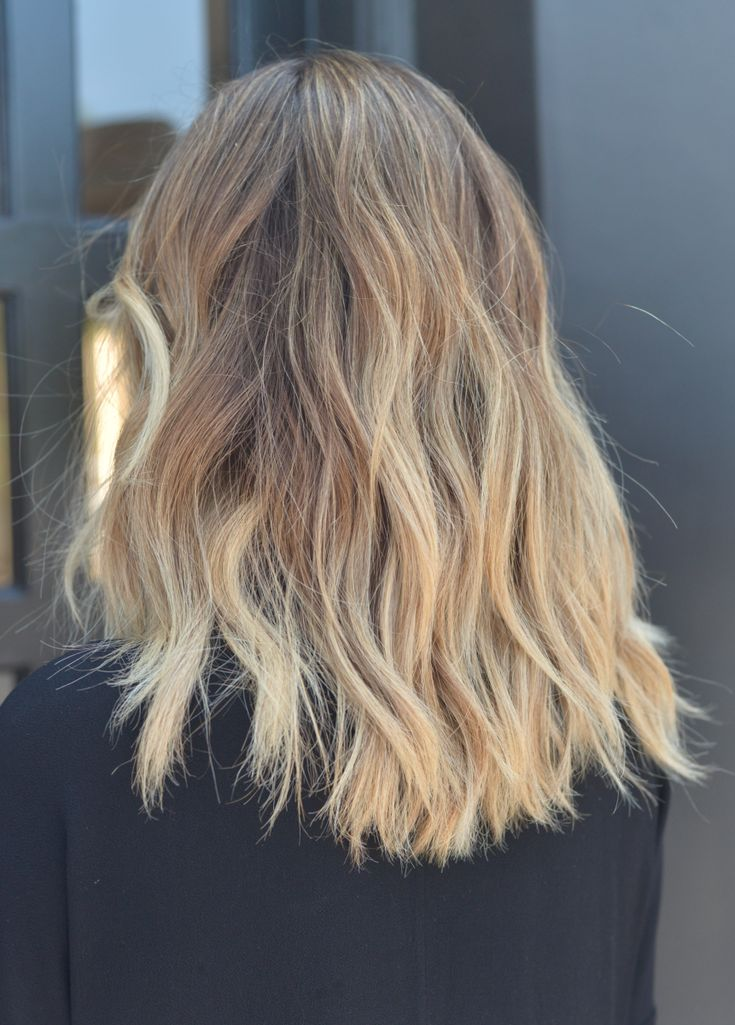 How to Do My Hair Stylist's Signature Messy Waves