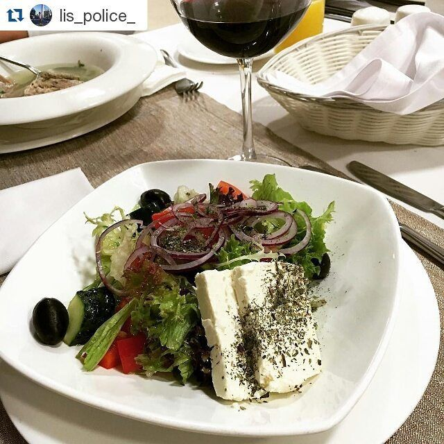 Dinner time #dinner #restaurant #voyager #hotelovis #greeksalad