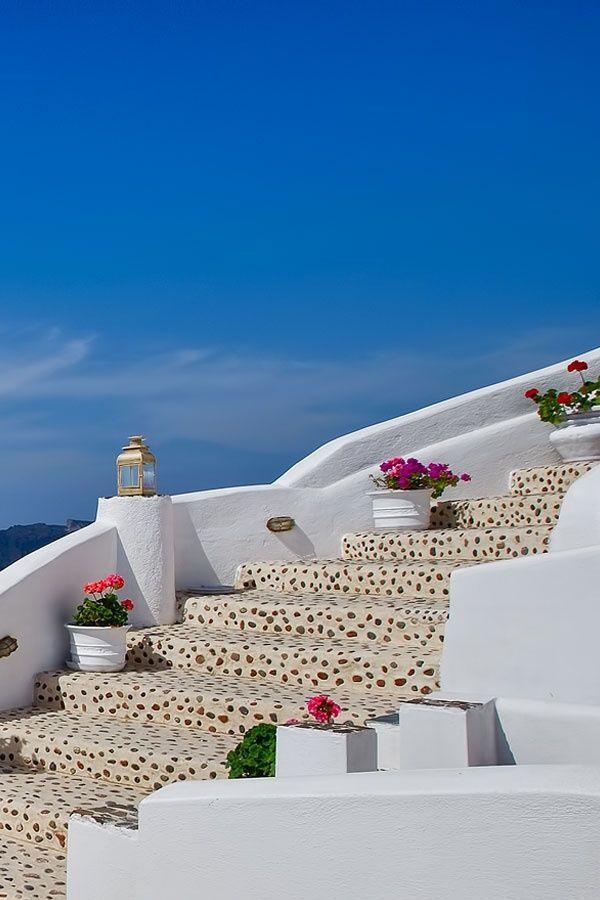 Flower steps, Oia, Santorini
