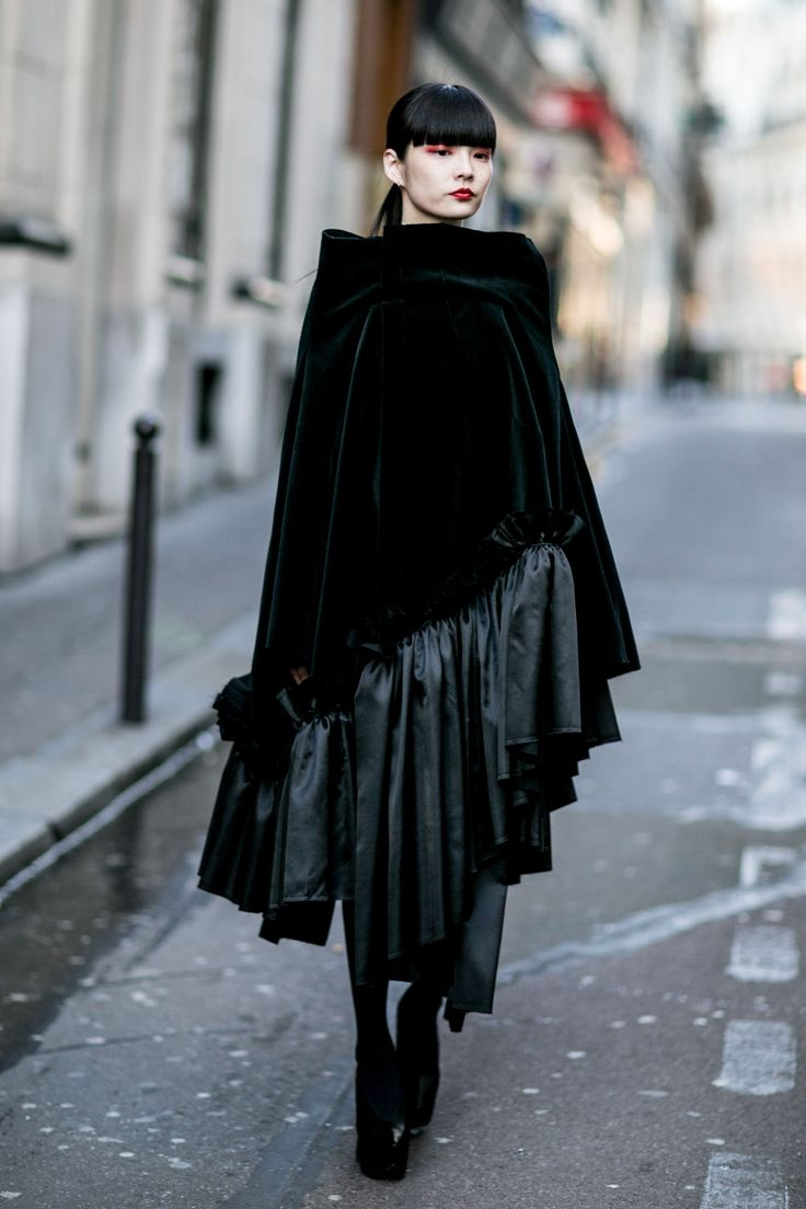 Paris Fashion Week: Women's Street Style Fall 2016 Day 5 by Vincenzo Grillo   The Impression