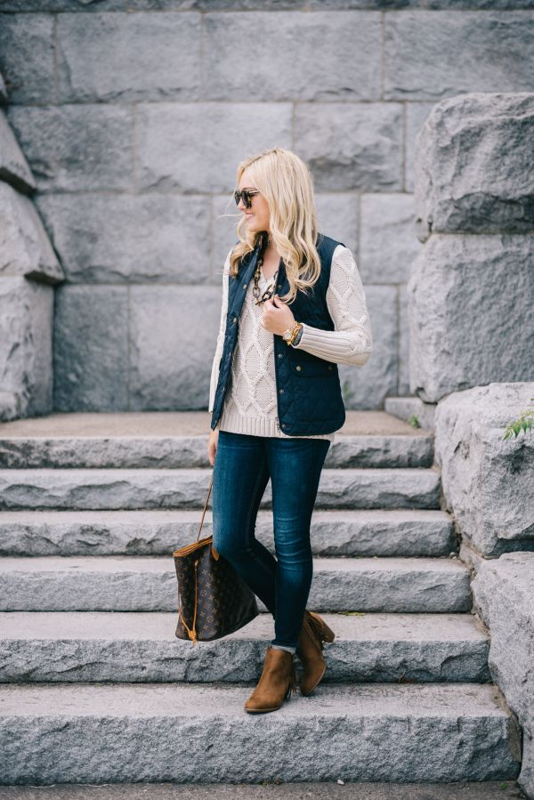 Fall Outfit // Quilted Vest + Cable Knit Sweater + Jeans + Fringe Booties