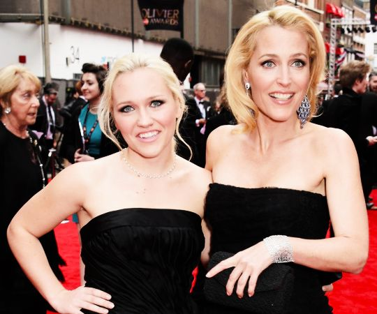 Gillian Anderson and daughter Piper Maru Anderson Klotz attend The Olivier Awards at The Royal Opera House in London (April 12, 2015).