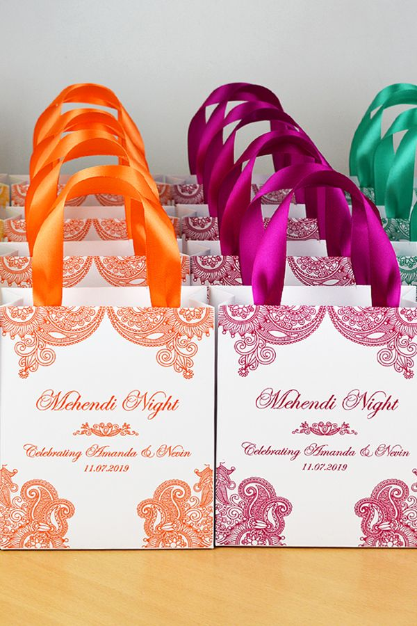 30 Mehendi Night Gift Bags With Satin Ribbon Your Names Etsy In 2020 Indian Wedding Favors Indian Wedding Gifts Wedding Favor Gift Bags
