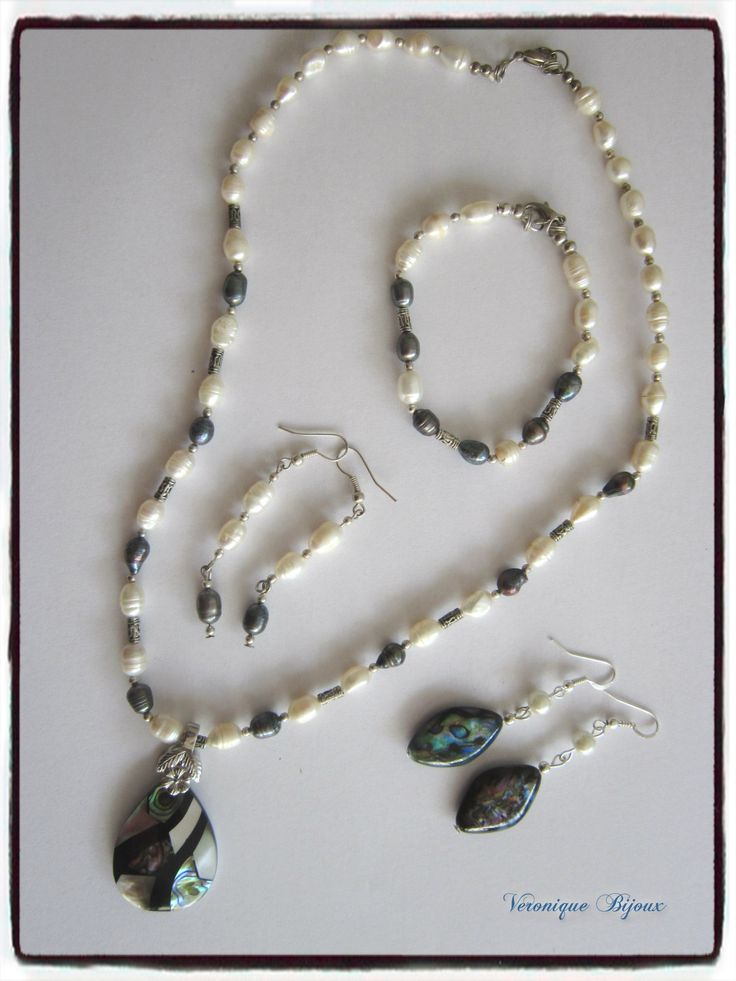 Charm beads