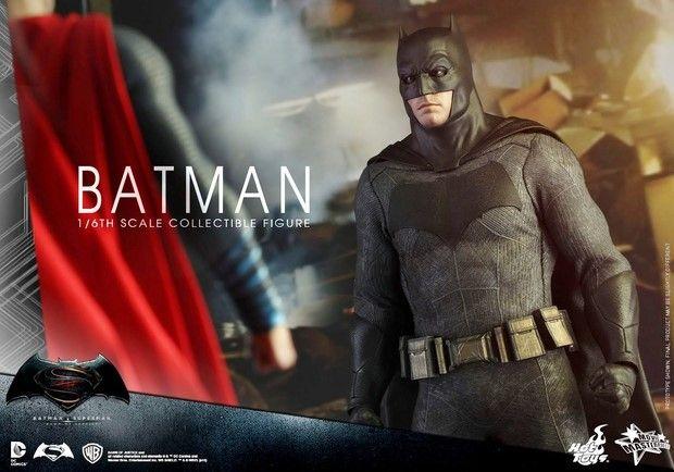 Batman v Superman: l'action figure Hot Toys del nuovo Batman di Ben Affleck