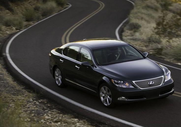 Top 5 Luxurious Eco Friendly Cars: Lexus LS 600h L.....(Hmmmm.........it's a Start! :) Ahhhhh......