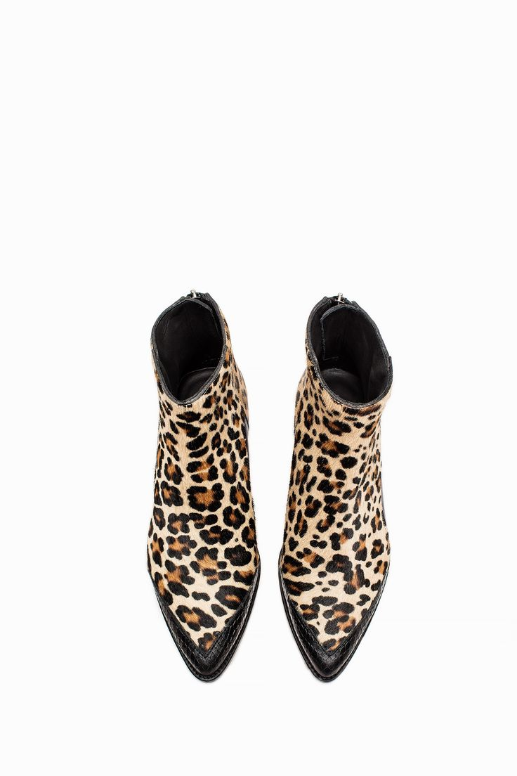 http://www.zadig-et-voltaire.com/eu/en/boots-woman-mods-leo-boots-fauve.html