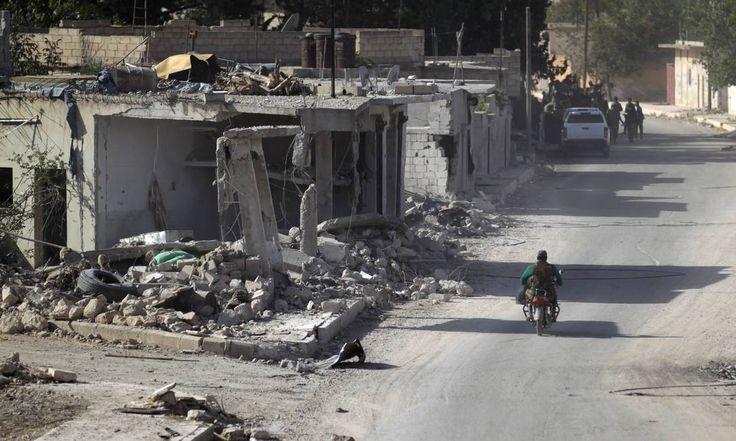 EUA suspendem contatos com a Rússia sobre Síria  Leia mais sobre esse assunto em http://oglobo.globo.com/mundo/eua-suspendem-contatos-com-russia-sobre-siria-20224820#ixzz4M4ghSPPN  © 1996 - 2016. Todos direitos reservados a Infoglobo Comunicação e Participações S.A. Este material não pode ser publicado, transmitido por broadcast, reescrito ou redistribuído sem autorização.