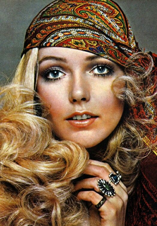 Headscarves were very popular during the 70s. They may be worn for a variety of purposes, such as for warmth, for sanitation, for fashion or social distinction; with religious significance, to hide baldness, out of modesty, or other forms of social convention. During the 70's they could be worn as a belt, scarf or headscarf.