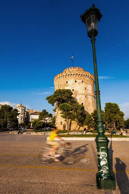 Cicling under the White Tower, Thessaloniki