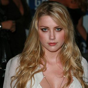 Amber Heard wiki, affair, married, Lesbian with age, height