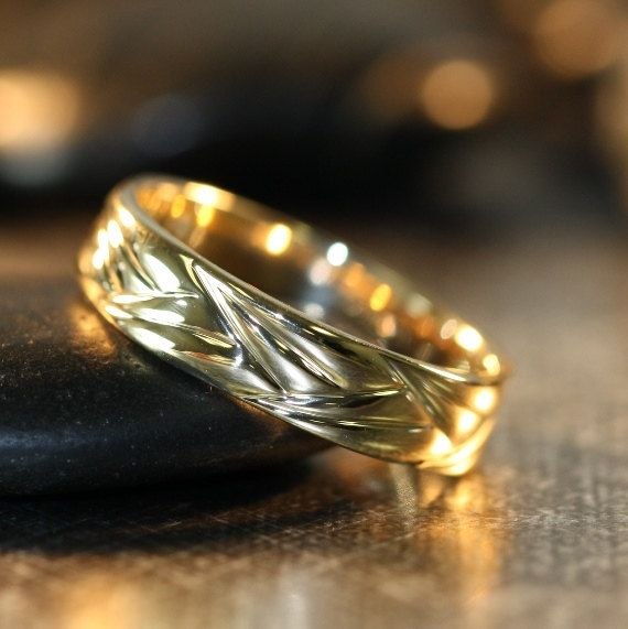 Unique Wedding Band for Him and Her in 14k Yellow Gold Comfort Fit Ring 5mm Plain Wedding Ring (Custom Ring ok)
