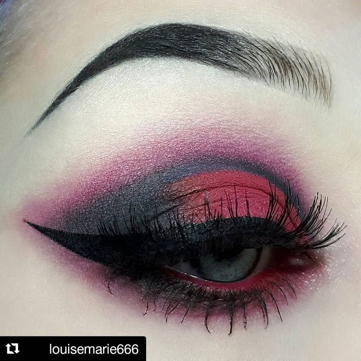 """3,253 Likes, 10 Comments - The Gothic Shop ♥❤ (@thegothicshop) on Instagram: """"#Repost @louisemarie666 @louise_marie_makeup ・・・ Vampire eyes! @anastasiabeverlyhills…"""""""