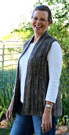 Vertical Ridge vest : Knittyspin First Fall 2013 -- Finally! a vest designed for the over-endowed!