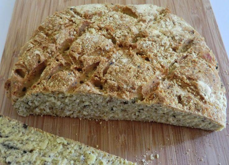Ma petite cuisine gourmande sans gluten ni lactose: Pain aux farines de lupin et de riz complet et aux graines de sésame noir et de pavot