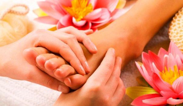 Masajul picioarelor -->> http://sfaturi-medicale.info/masajul-picioarelor/