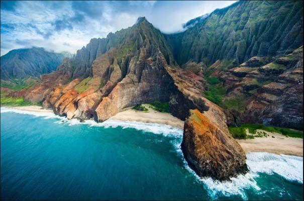 Μαγευτικό εναέριο ταξίδι στα νησιά της Χαβάης | Otherside.gr