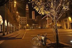 Piazza Stradivari - Cremona - Cerca con Google