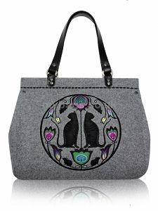 GOSHICO embroidered bowling bag FOLK ART http://www.mybags.co.uk/goshico-embroidered-bowling-bag-folk-art-1321.html