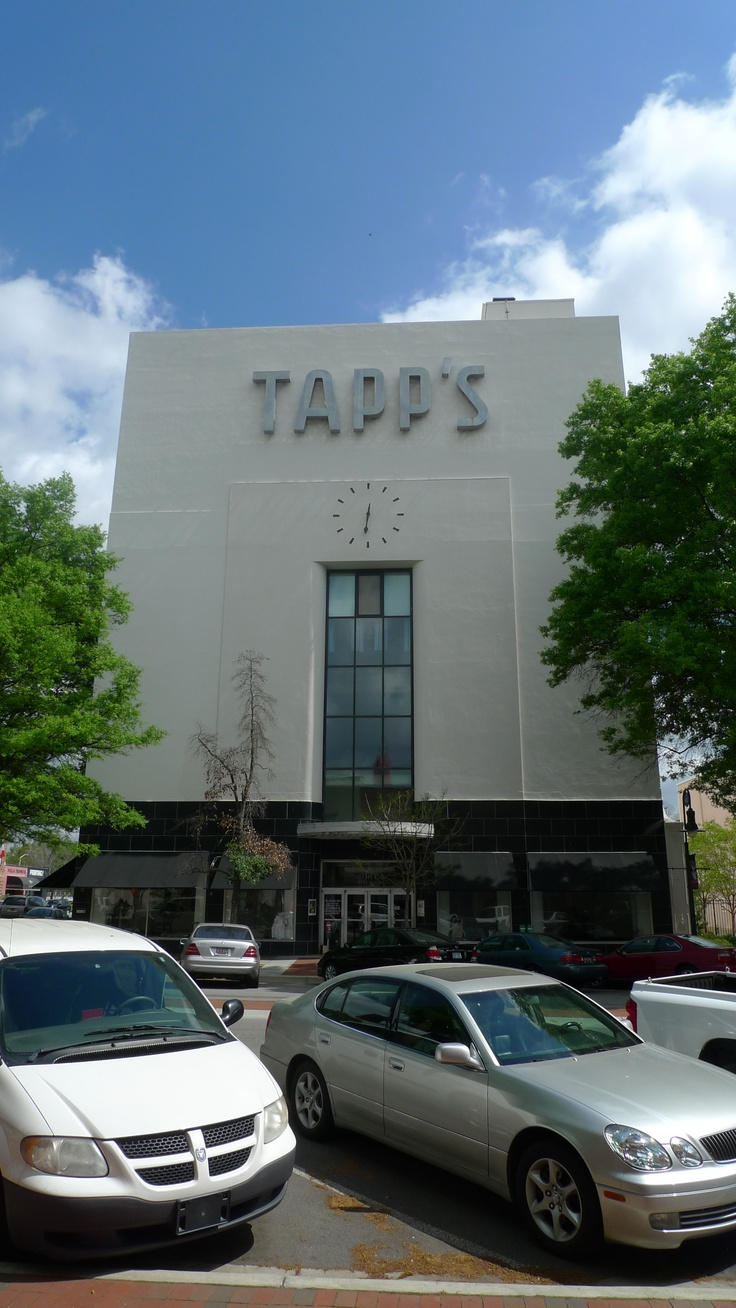 Front of Tapp's Building