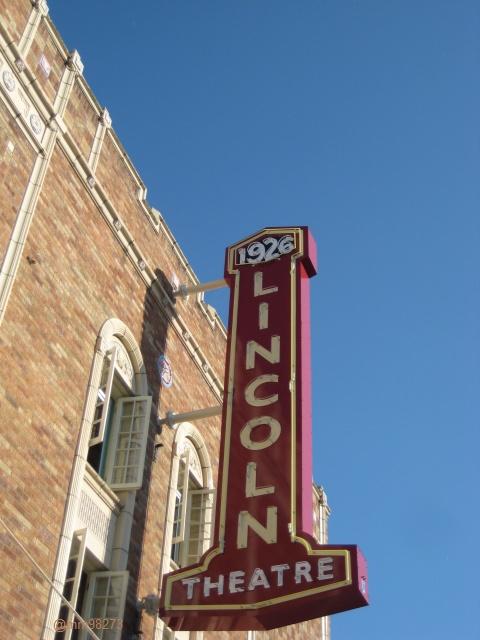 Skagit 's Lincoln Theatre Historic Artful Sign for the