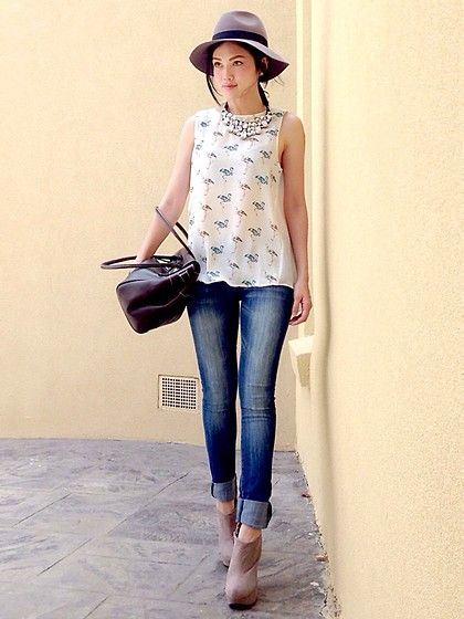 Jeans and patterned top #summeroutfit
